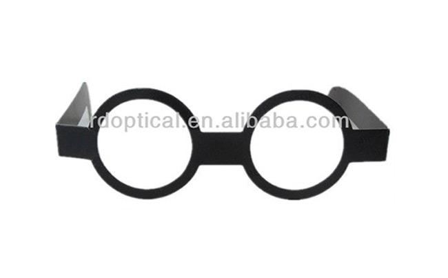 Circular Polarized Glasses